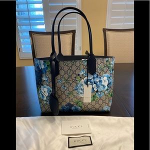 New Authentic Gucci Blooms GG Reversible Tote Bag